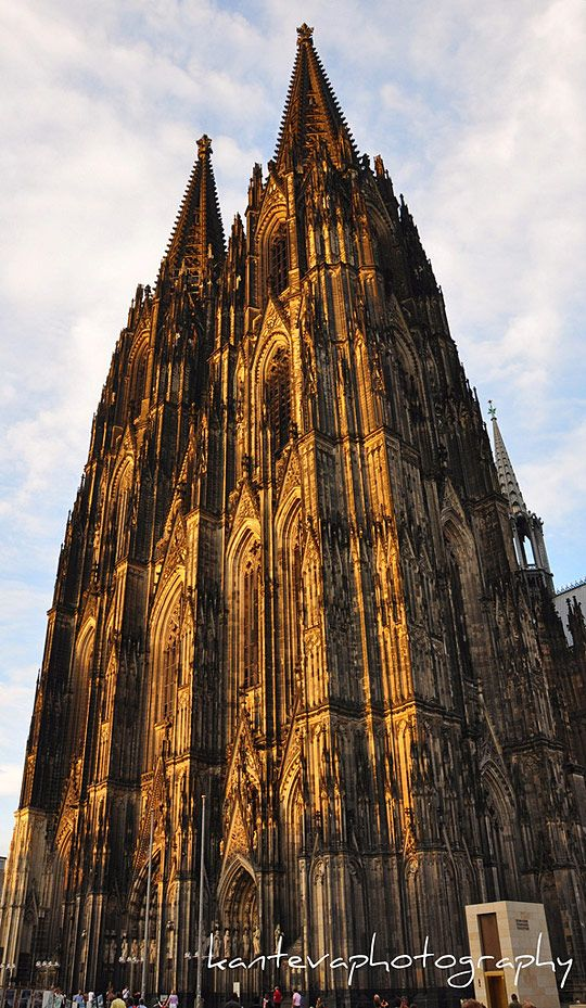 Cologne Cathedral | Famous buildings, Historic buildings ...