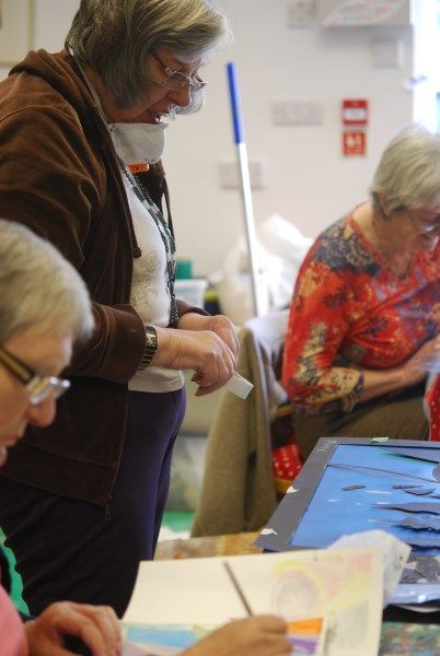 Busy abstract art courses at Faux Arts  Studio in Pewsey