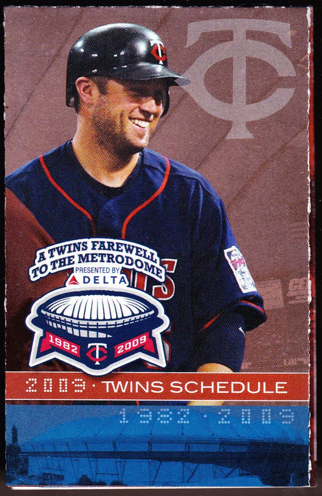 2009 MINNESOTA TWINS TRIA ORTHOPAEDIC BASEBALL POCKET