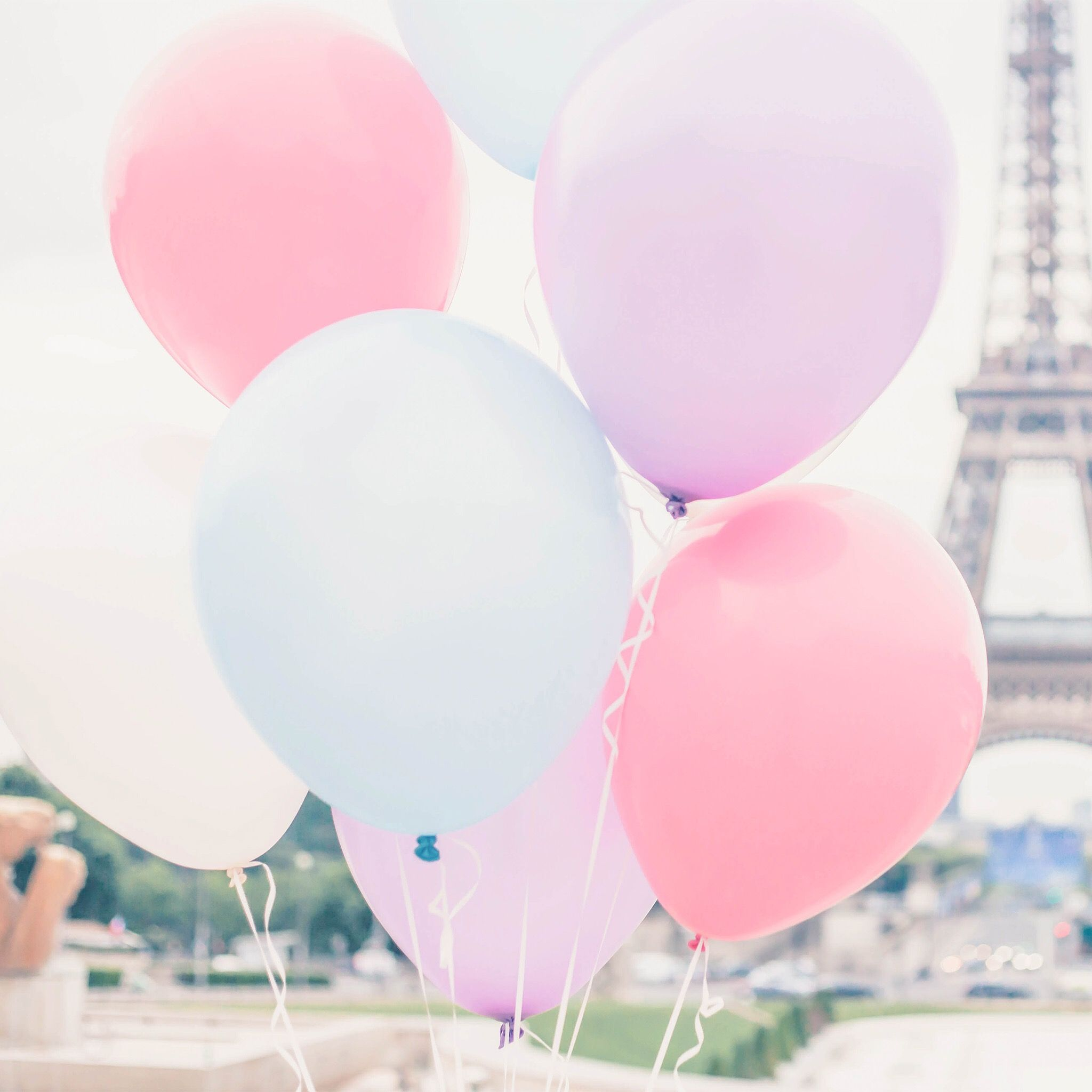 Pastel Balloons In Front Of The Eiffel Tower Is Admittedly On My Photography Bucket List