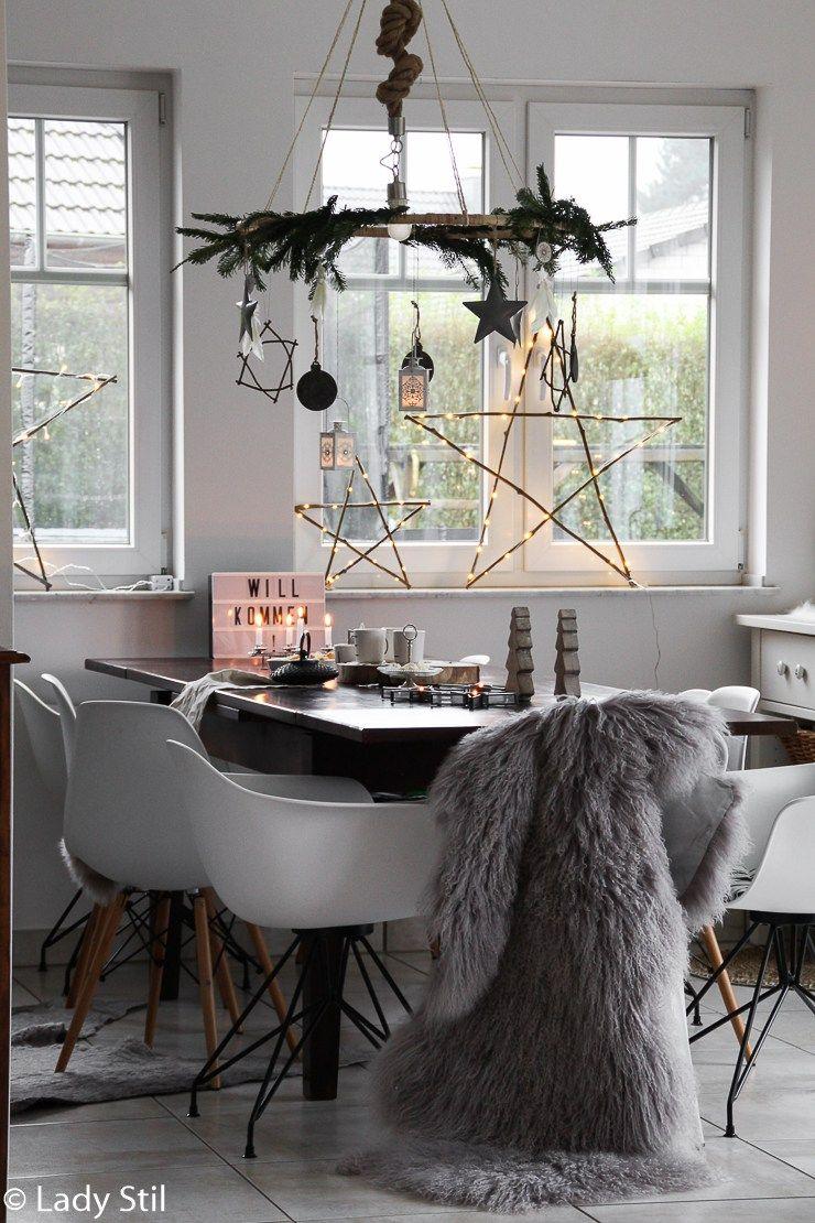 Hängender Tischkranz DIY - lady-stil.de #weihnachtlicheszuhause