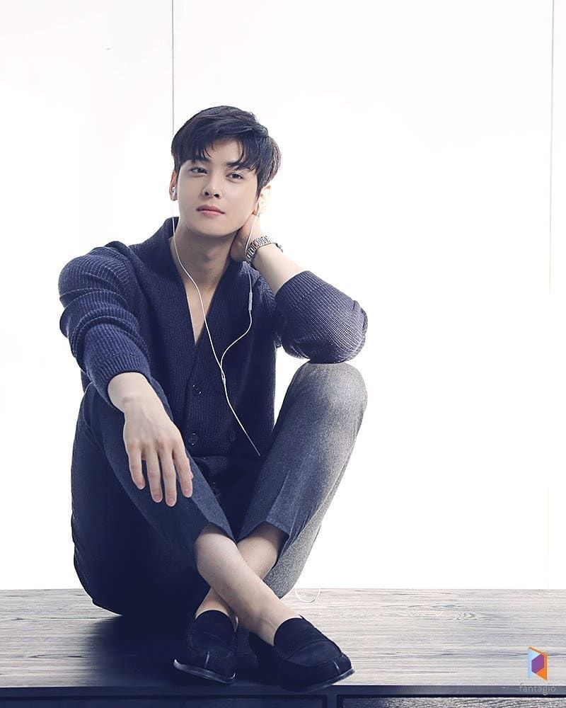 """ASTRO Cha Eun Woo 차은우 di Instagram """"this is just too much ..."""