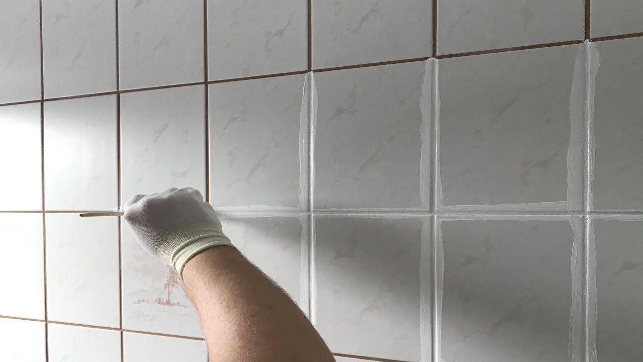 Fliesen Fugen Umfarben So Wird Das Badezimmer Schon Youtube In 2020 Badezimmer Fliesen Fliesen Verfugen Badezimmerfliesen