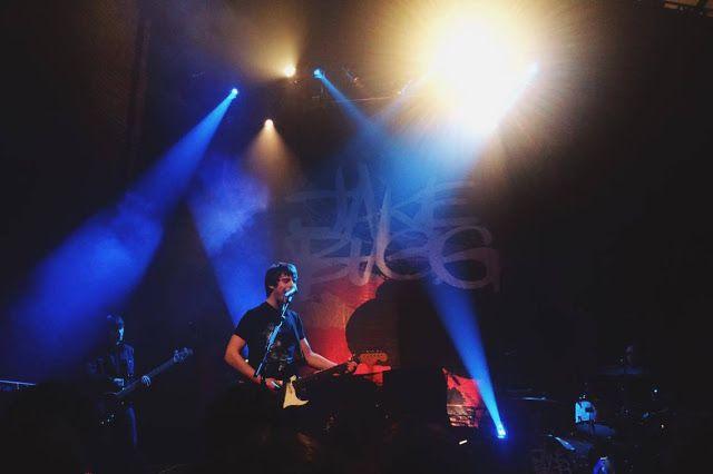 Jake Bugg in London up on my blog: http://www.lucid-vision.com/2016/03/jake-bugg-village-underground-london-73.html#.VuxKw-LJzIU #jakebugg #gig #music #london