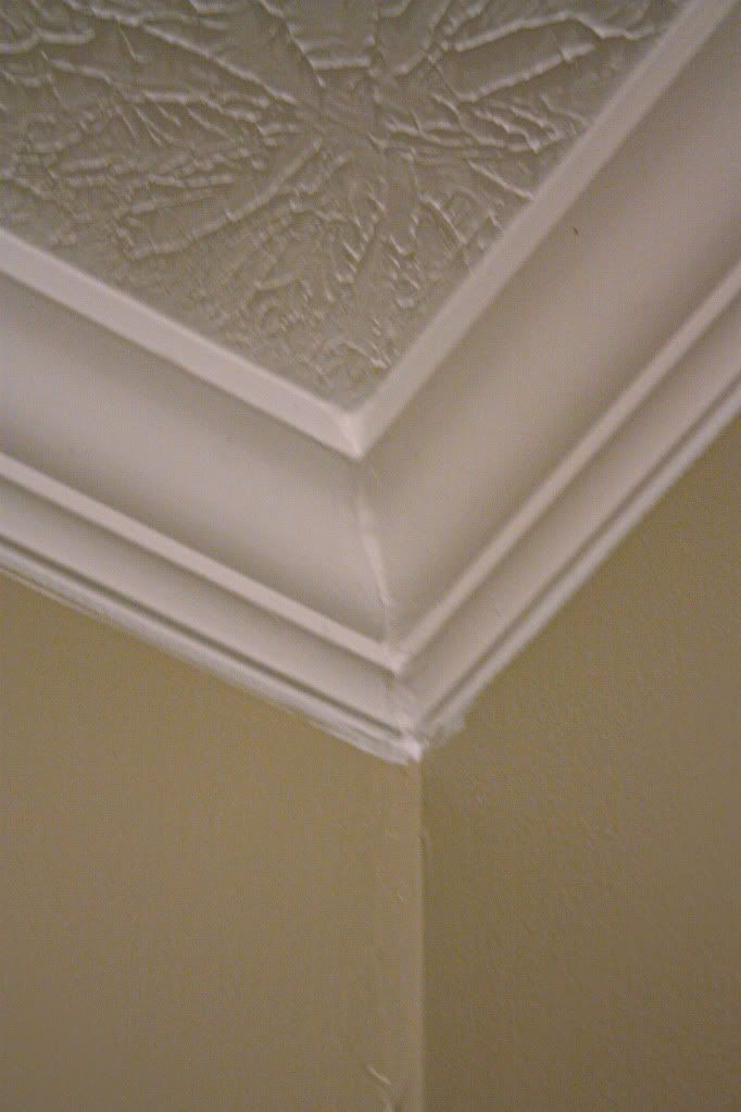 Cheap chunky moldings diy tutorial and tutorials for Crown molding bedroom ideas