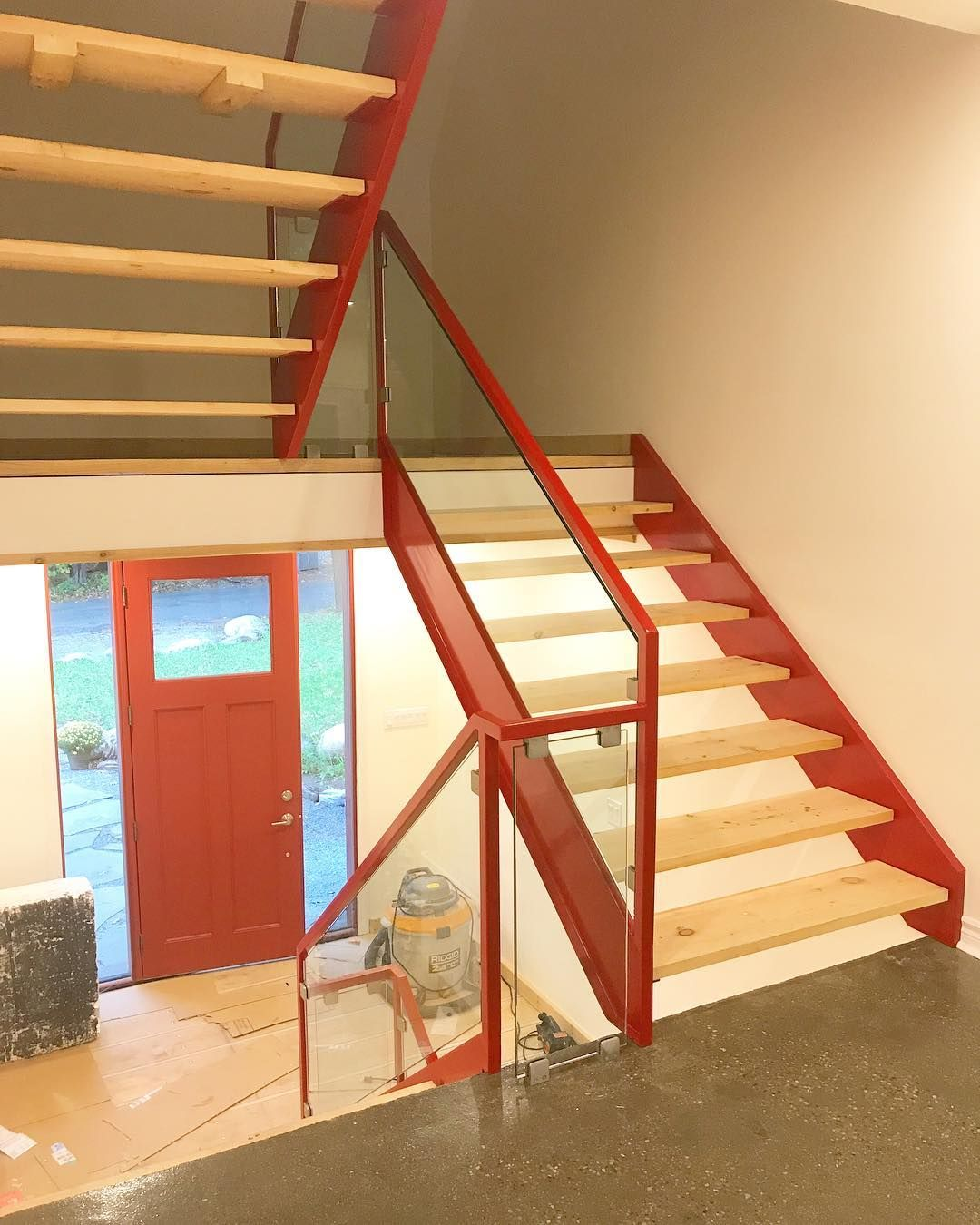 Best Stairhaus Incred Stair Don't Care Glass Was Installed 400 x 300