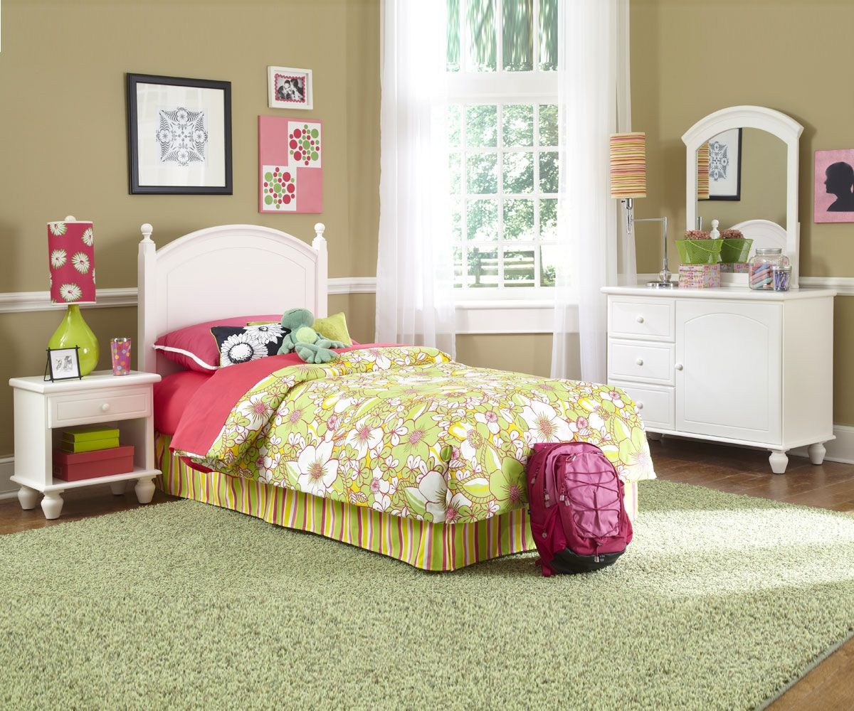 Twin bedroom sets for girls - Likable Twin Bedroom Set With Twin Bed And White Headboard And Lovely Floral Bedding Also White