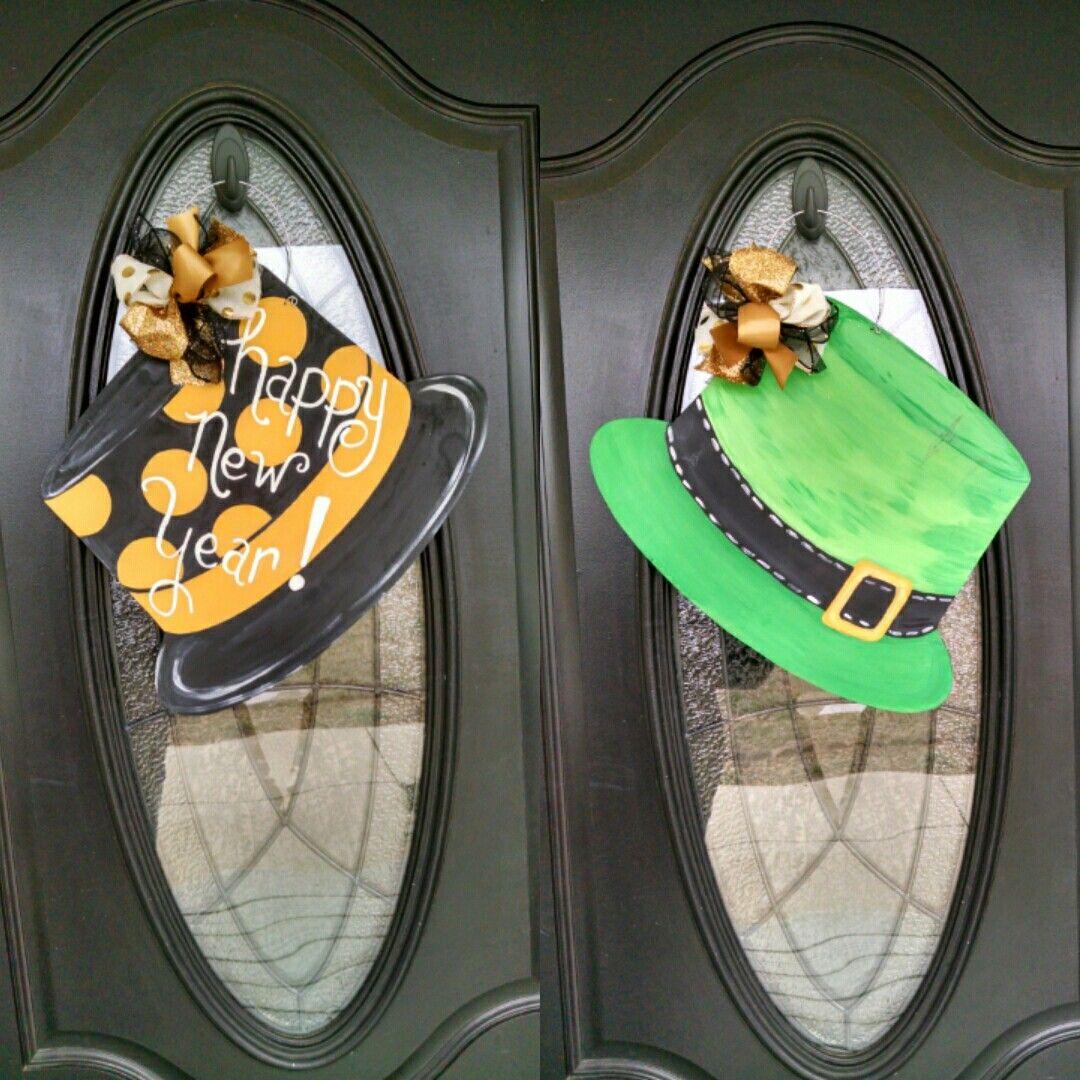 Reversible door hangers happy New Year and St. Patrick's