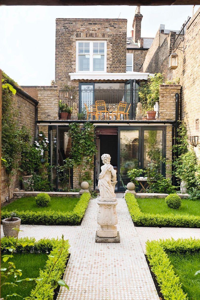 Symmetrical Garden in London  Townhouse garden, Courtyard gardens