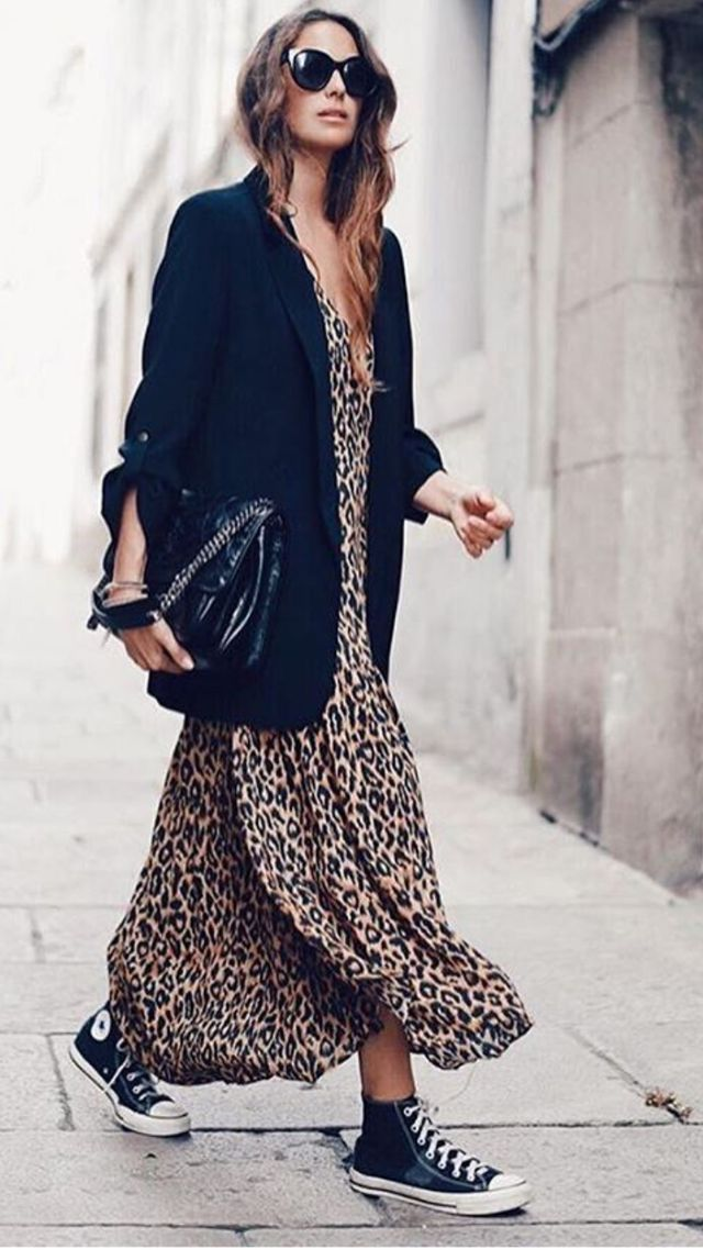 Photo of Oversize blazer and purse with maxi dress, chucks