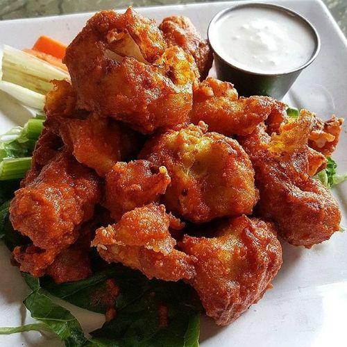 The Best Vegan Restaurants In Los Angeles Healthy Superbowl Snacks Best Vegan Restaurants Superbowl Snacks