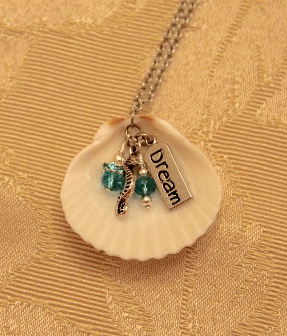 Seashell pendant necklace with charms accesorios de joyera seashell pendant necklace with charms accesorios de joyera llaveros y bisutera aloadofball Gallery
