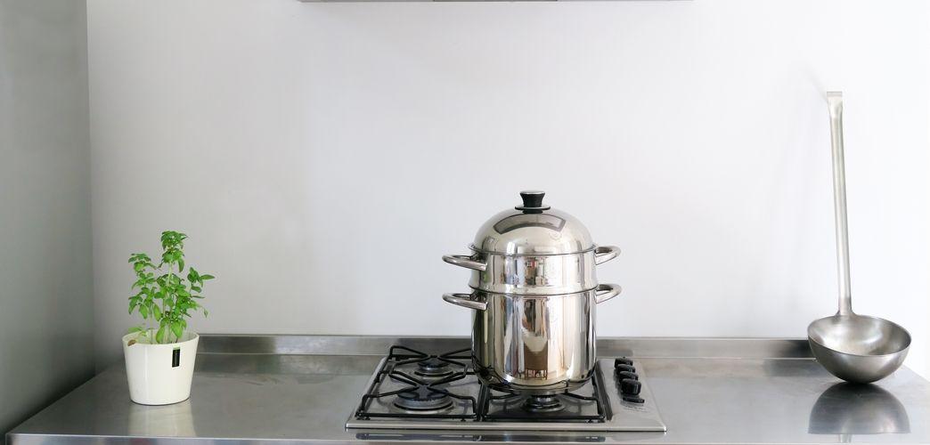 Les appareils de cuisine, plus ou moins basiques, pour cuisiner facilement quand on adopte une démarche vers le zéro déchet ou le végétalisme.