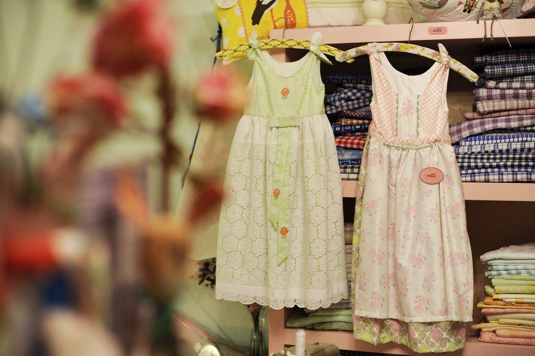 Kinderkleider aus den Stoffen der Omas. www.villi-design.de ...