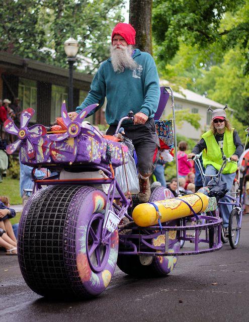 Leo S Kinetic Parade With Images Corvallis Oregon Oregon Life