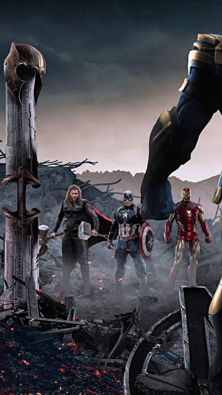 Captain Iron Man And Thor Against Thanos Iphone Wallpaper In 2020 Marvel Films Avengers