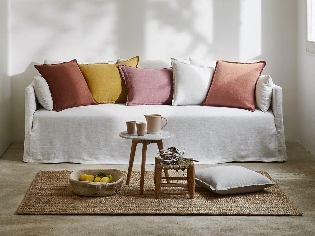 Quelle couleur de coussins avec un canapé