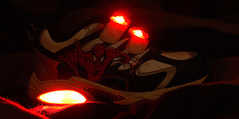 Light up sneakers, Light sneakers, 90s