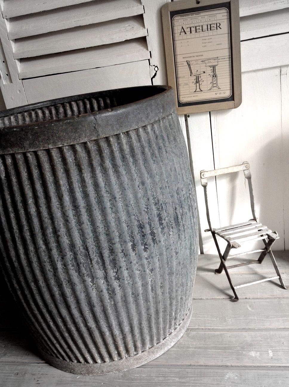 lessiveuse en zinc 121 00 zinc co en 2018 pinterest je recherche g n rale et rangement. Black Bedroom Furniture Sets. Home Design Ideas