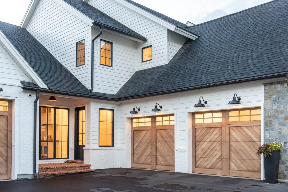 Bridgewater Gallery Vidor Garage Doors In 2020 Garage Door Design Home Exterior Makeover Modern Farmhouse Exterior