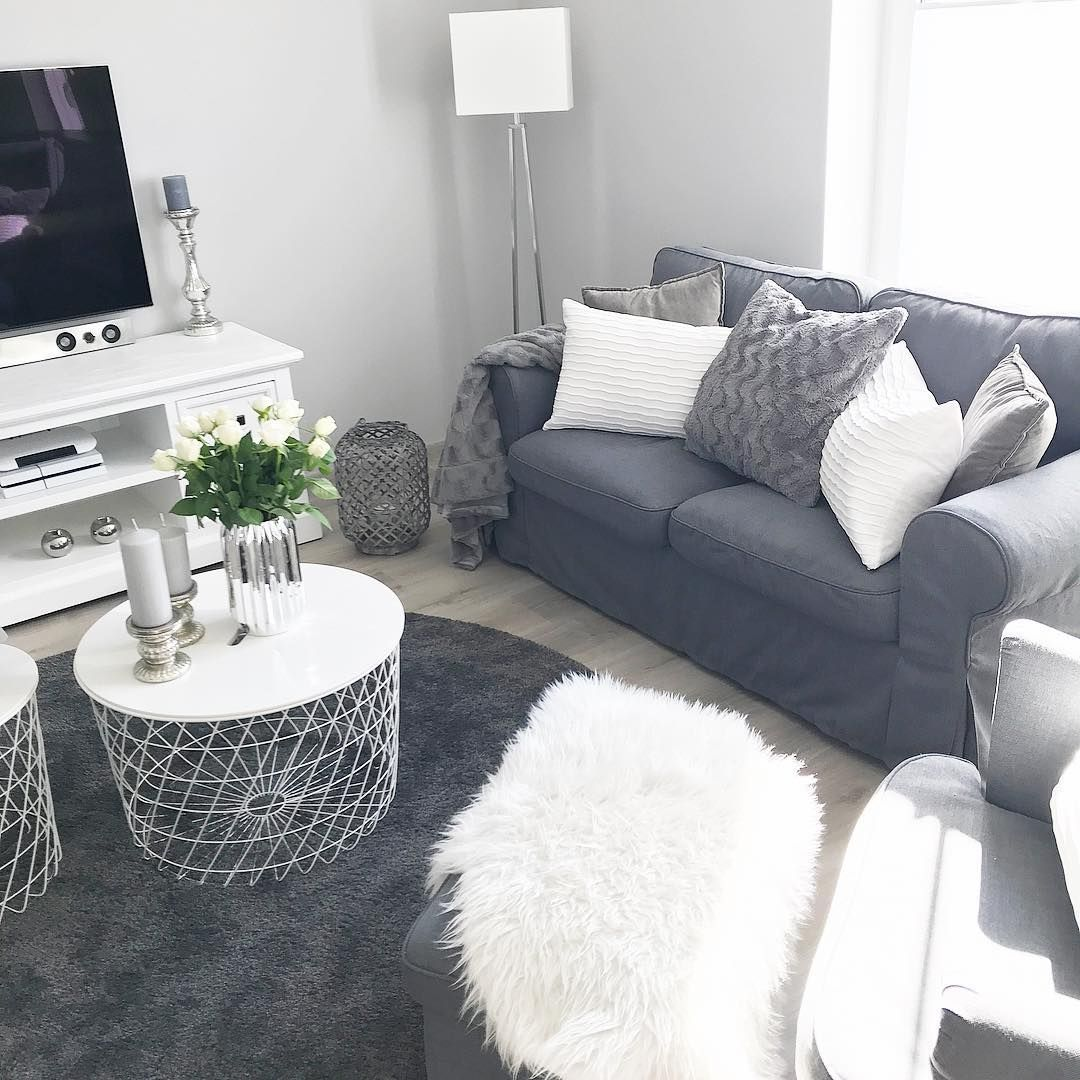 Cozy Living Room #smallapartmentlivingroom