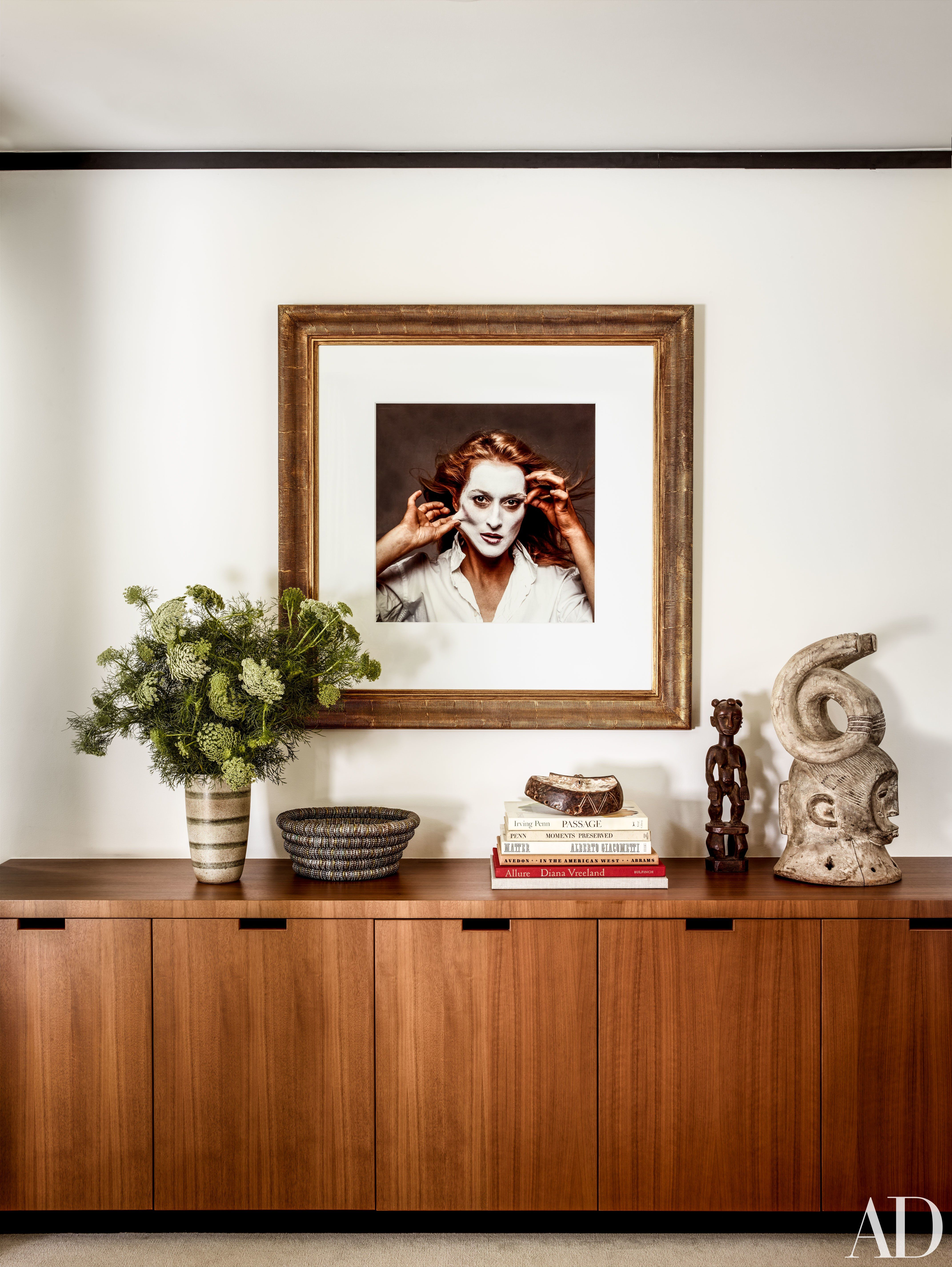 Gqs fred woodward shows us inside his midcentury home photos architectural digest
