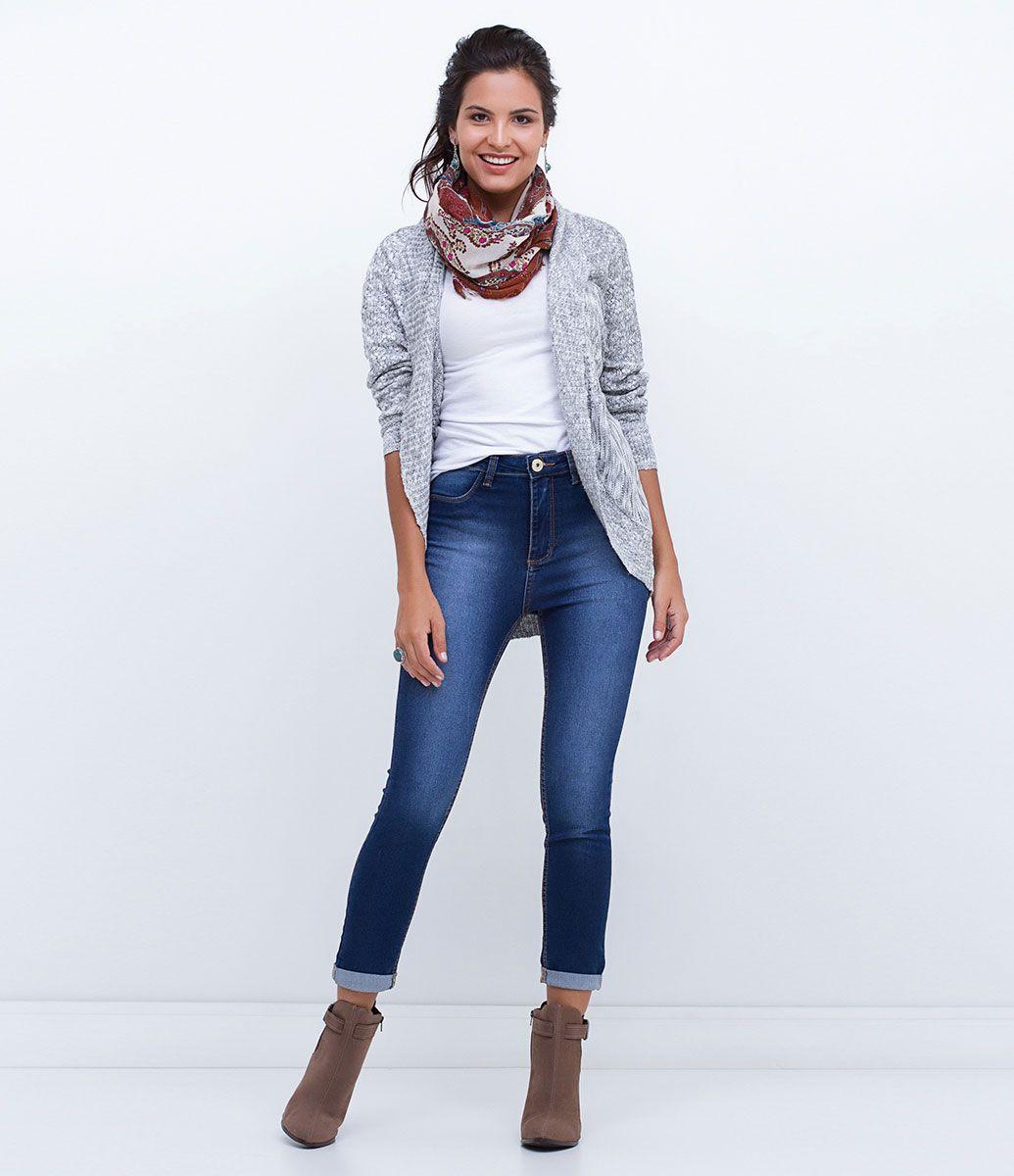 Confira os lançamentos de Roupas Femininas do site da Lojas Renner. São  diversas peças de vestuário e acessórios para você comprar online agora  mesmo. f3dc4a39179