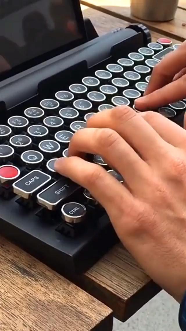 #gadget #keyboard #geeky