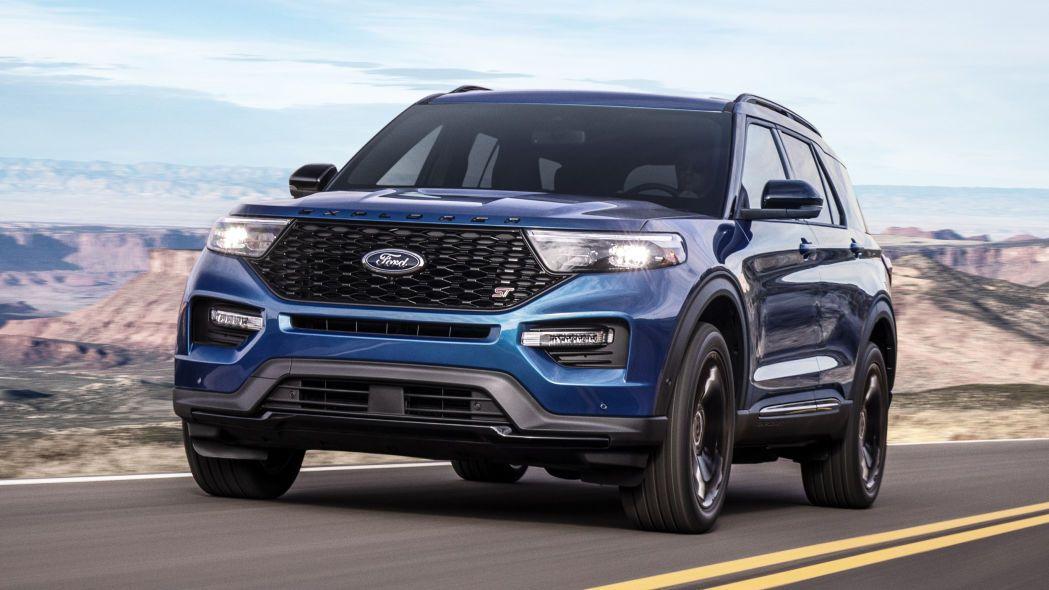 2020 Ford Explorer St Vs 2019 Dodge Durango Srt Specs Compared Ford Explorer Xlt Ford Explorer 2020 Ford Explorer