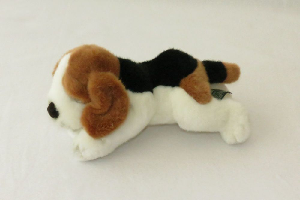 Russ Buckets Beagle Puppy Dog Tri Color Brown Plush 11 Stuffed