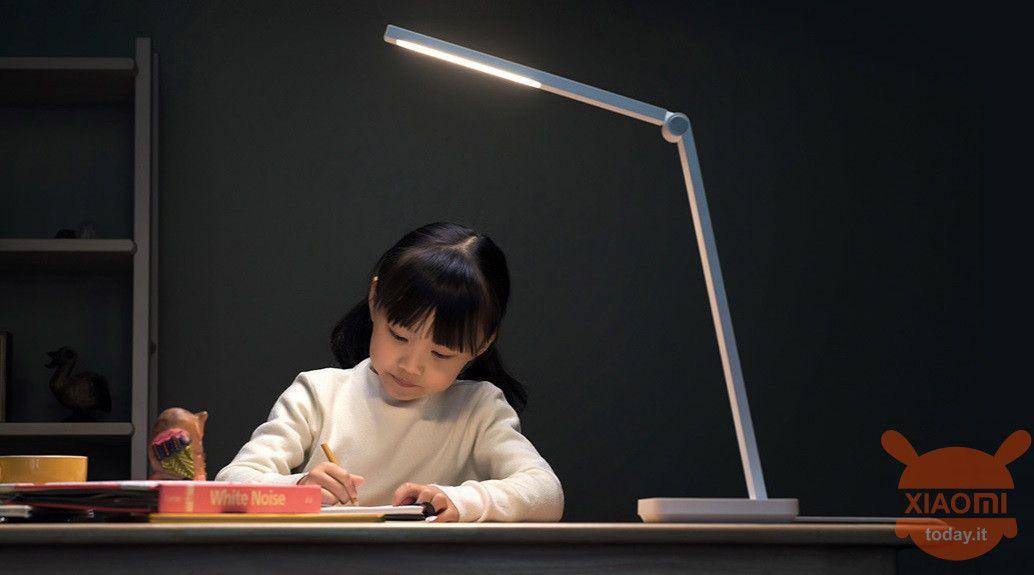 Xiaomi Mijia Table Lamp Lite Potenza E Design Per La Nuova Lampada Economica Del Brand Lampade Lampada Da Scrivania Illuminazione