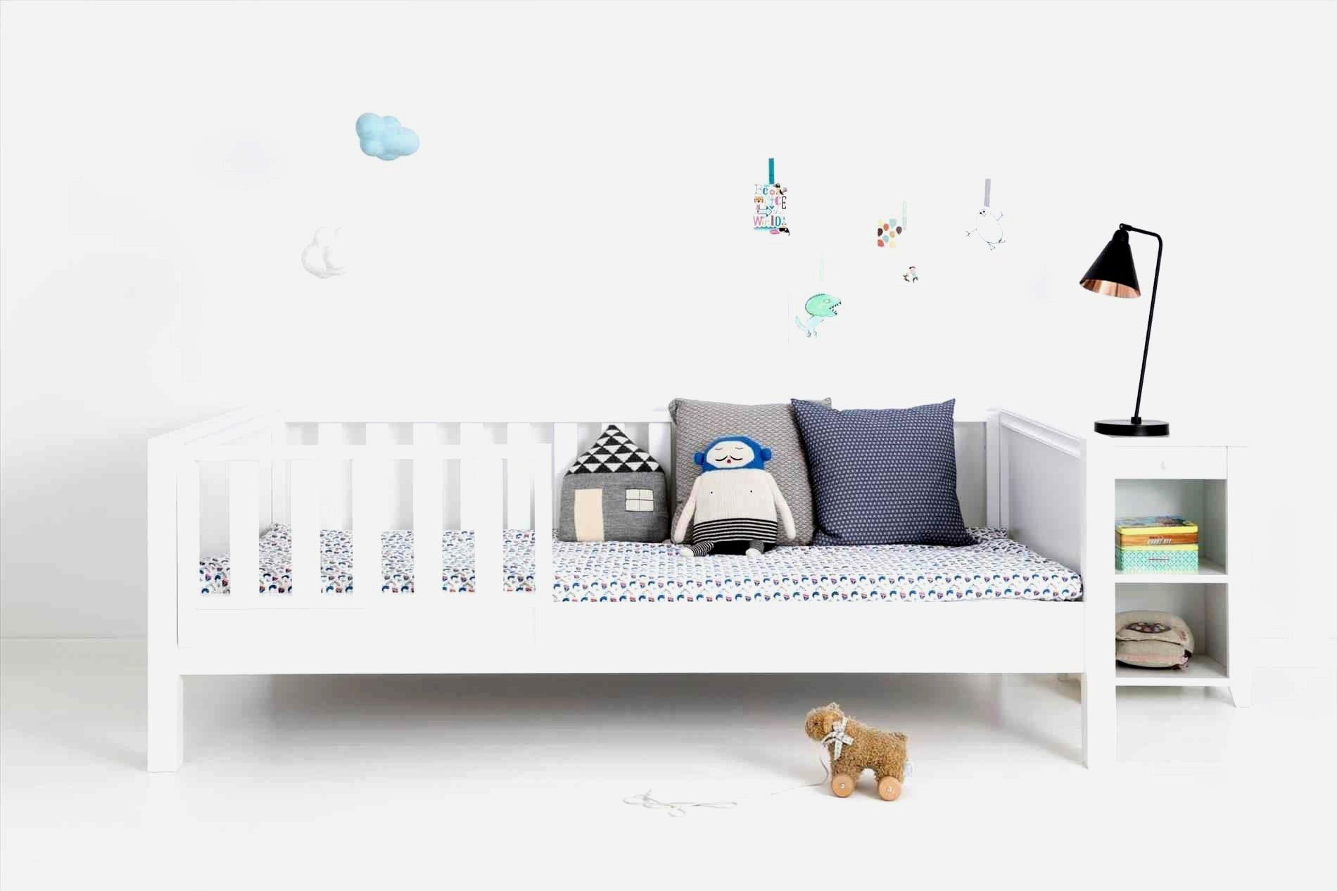Ziemlich Kinderbett Kleinkind Phaenomenale Inspiration Bett Mit Rausfallschutz Und Guenstige 90x200 B Rausfallschutz Kinderbett Kinderbett Kleinkind Kinderbett