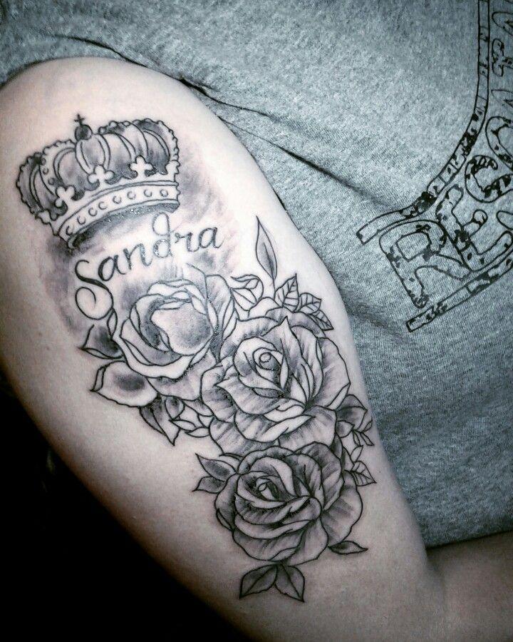 Rosas Y Coronas Tatuajes De Rosas Y Coronas Con Nombres Para La Mujer Pablito Tattoo Dc Tatuajes De Rosas Tatuajes Rosas