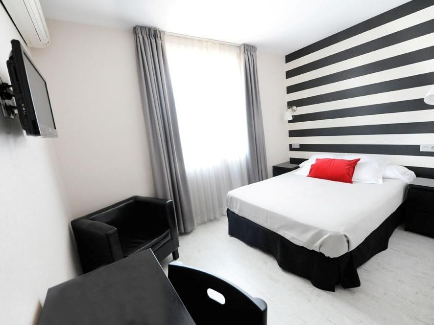 Malaga Hotel Domus Spain, Europe Hotel Domus is perfectly located for both business and leisure guests in Malaga. The hotel offers guests a range of services and amenities designed to provide comfort and convenience. Take advantage of the hotel's free Wi-Fi in all rooms, Wi-Fi in public areas, family room, tours, laundry service. Guestrooms are designed to provide an optimal level of comfort with welcoming decor and some offering convenient amenities like television LCD/plasma...