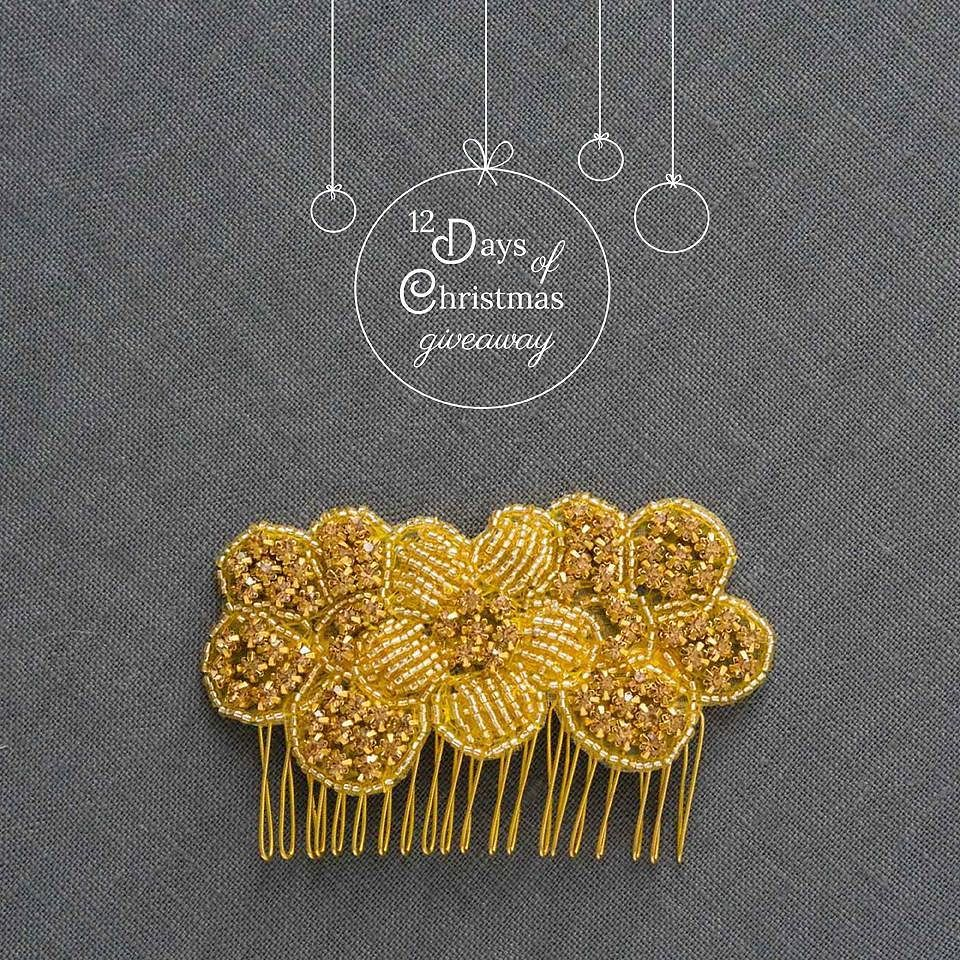awesome vancouver wedding ♩ ♪ ♫ On the third day of Christmas... ♫ ♪ ♩ Today's giveaway gift is our Marigold Comb! ✨ Glam up those holiday parties with a little golden sparkle.  Today's winner will be announced at 3pm PST. (There's still time to enter!) Link in profile. by @davieandchiyo  #vancouverwedding #vancouverwedding