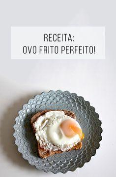 Como fazer o ovo frito perfeito: clara cozida e tenra com gema mole ;-) // palavras-chave: receita salgada, receita com ovo, ovo frito, ovo com gema mole, torrada com ovo, ovo com pão, lanche, café da manhã, cozinha, vegetariano.