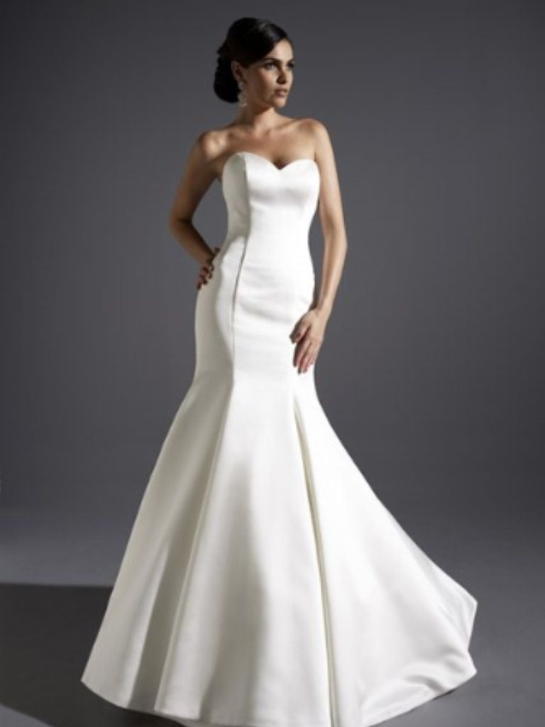 Wedding dress consignment shops near me  Pin by Aimee Jackson on June Brides  Pinterest