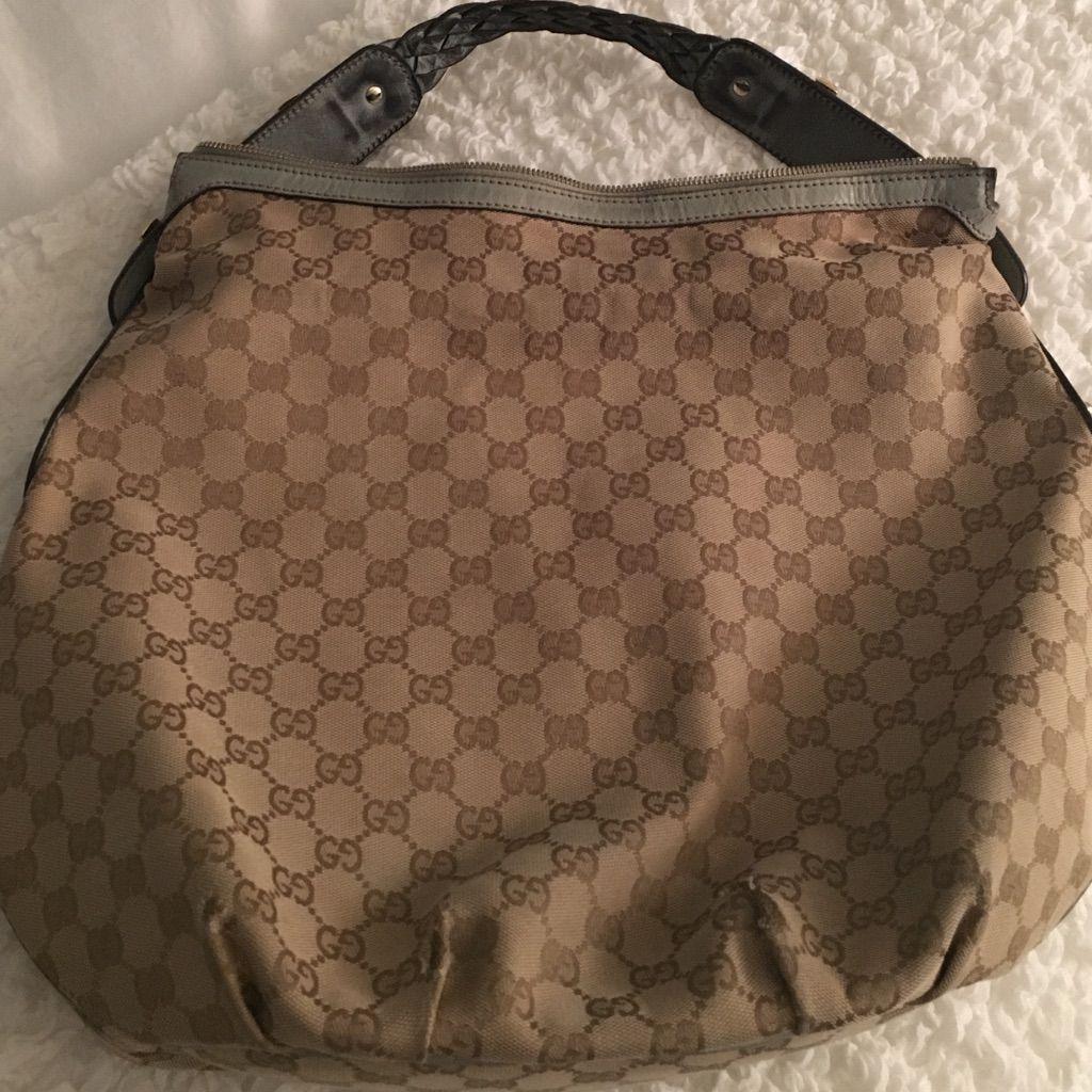 Gucci Hobo Bag. 100 Genuine. Preloved. Gucci hobo bag