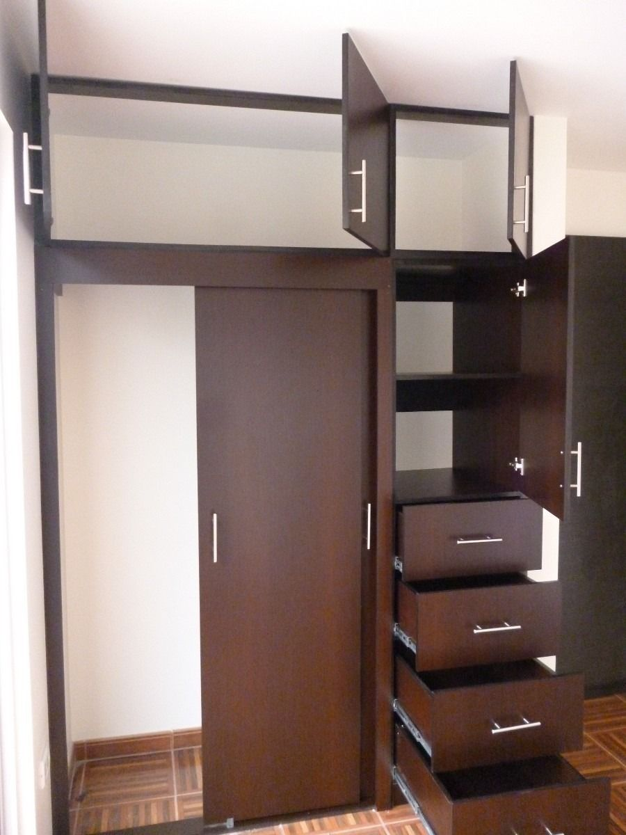 Closet de madera chocolate muebles de dise o pinterest for Closet para habitaciones pequenas