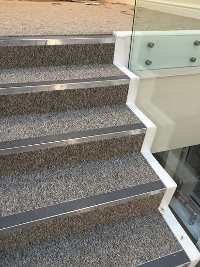 Best Stairs Carpet Stairs Grey Stair Carpet Stair Nosing 400 x 300