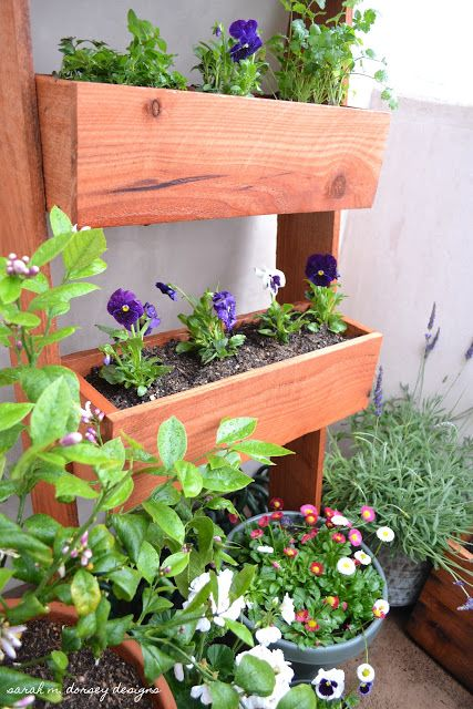 sarah m. dorsey designs: Fence Post Ladder Planter   Ideas for the ...