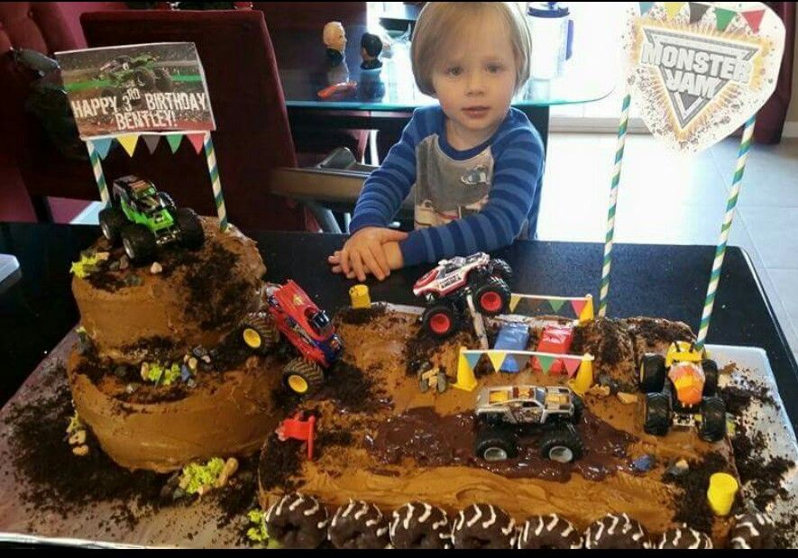 Bentley S 3rd Birthday Monster Truck Cake With Images Monster