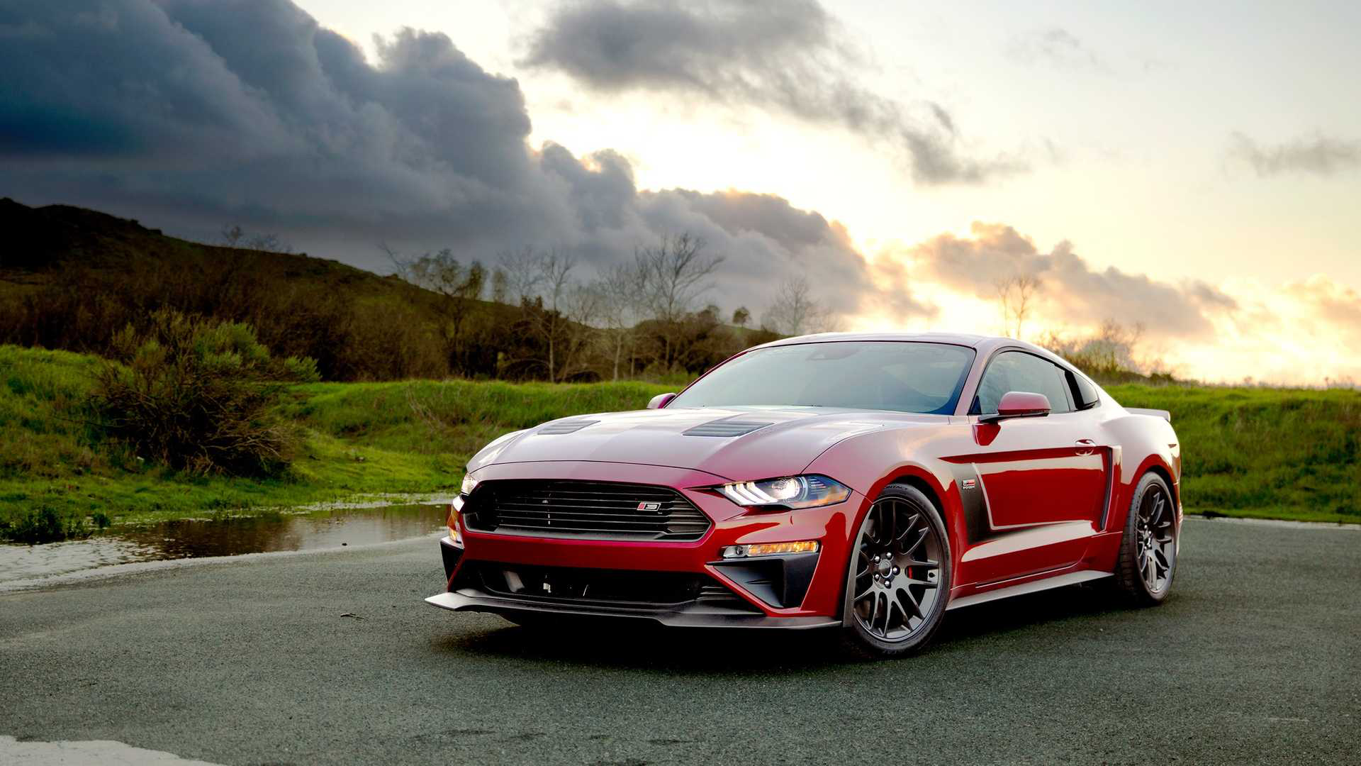 710hp Ford Mustang And Off Road Focused F 150 By Roush Carmojo