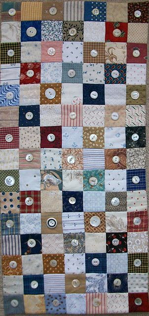 buttons quilt: I like the idea of using buttons both for quilting and for embellishment
