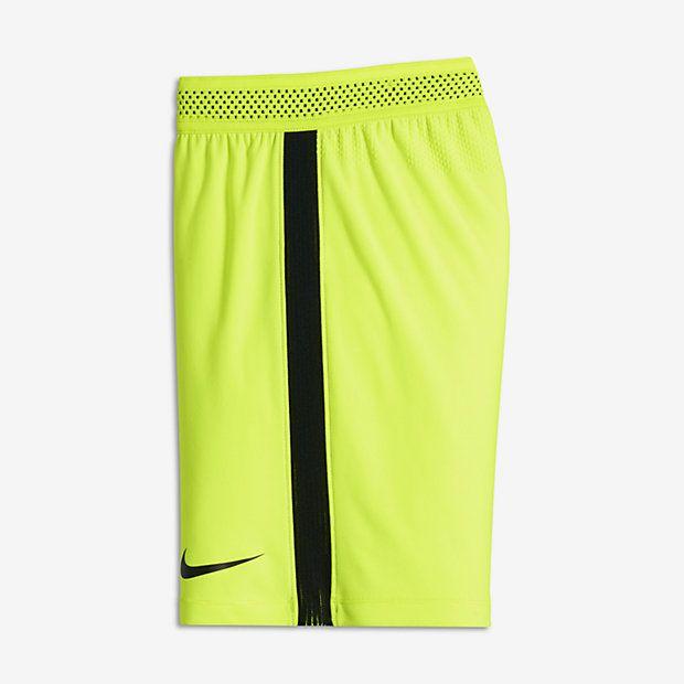 Nike Strike AeroSwift Big Kids' Soccer Shorts Black/White