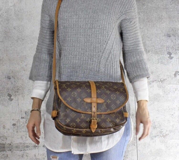 Vintage LV Louis Vuitton Monogram Saumur 30 Crossbody Shoulder Bag Brown  M42256 Louis Vuitton Handbags Prices 424341e18
