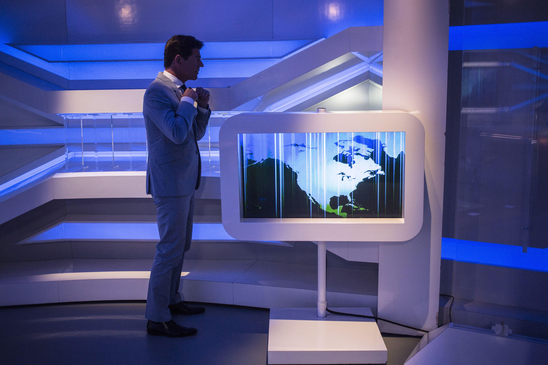 presentator twan huys in de studio van nieuwsuur foto nieuwsuur floren van olden foto schermen studio