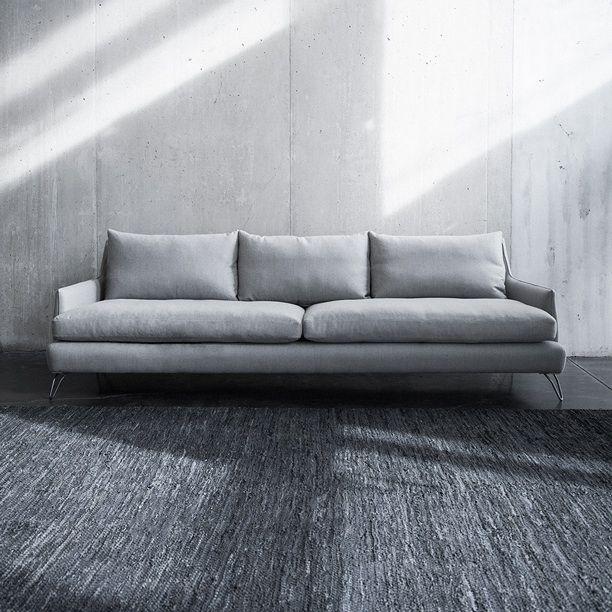 pin von manuel auf furniture pinterest montauk sofa sofa und furniture. Black Bedroom Furniture Sets. Home Design Ideas