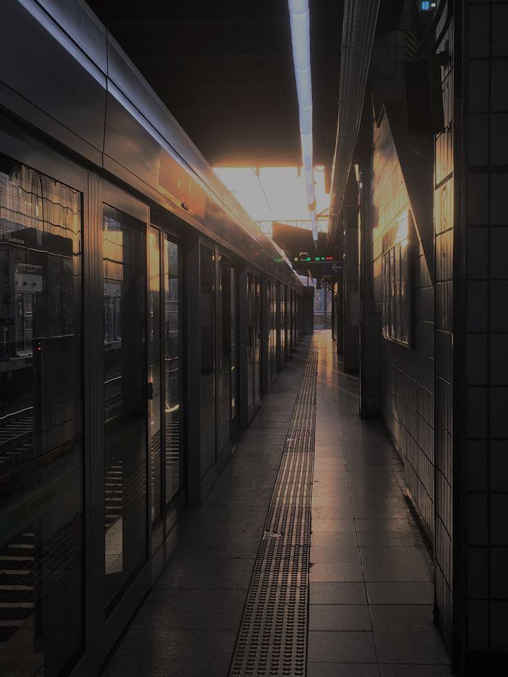 #seoul #sun #subway #city #korea #aesthetic #station