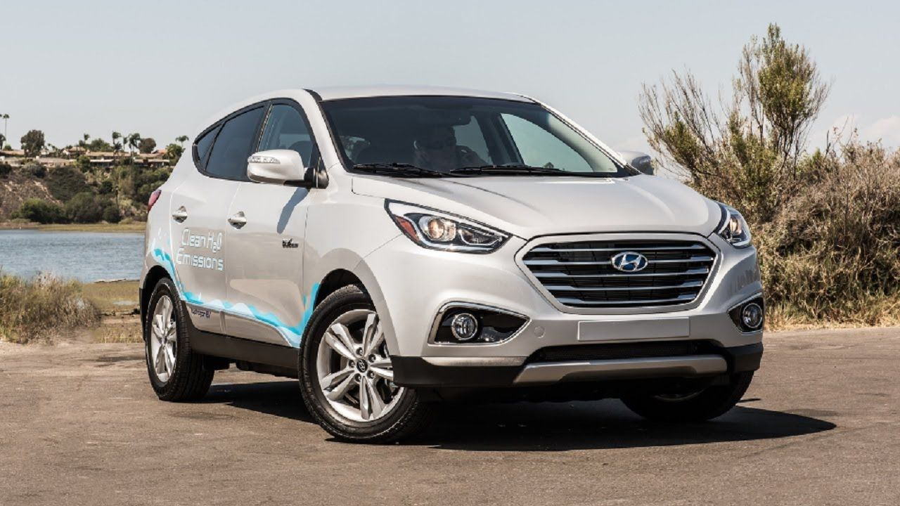 FIRST LOOK 2017 Hyundai Tucson Fuel Cell Hyundai